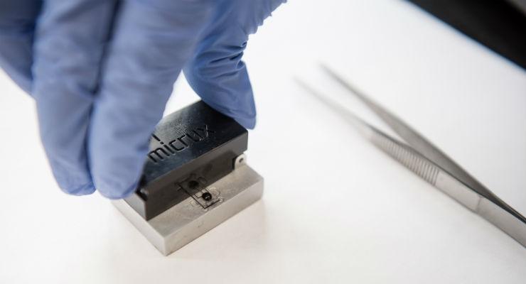 Home blood-testing device for people with chronic illnesses (prototype). Image courtesy of Université de Montréal.