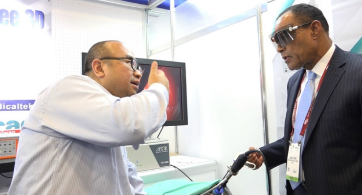A live demonstration of the MonoStereo 3d visualization system. Image courtesy of Taiwan Excellence.