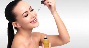 The Beauty Benefits of Anti-Aging Facial Oils