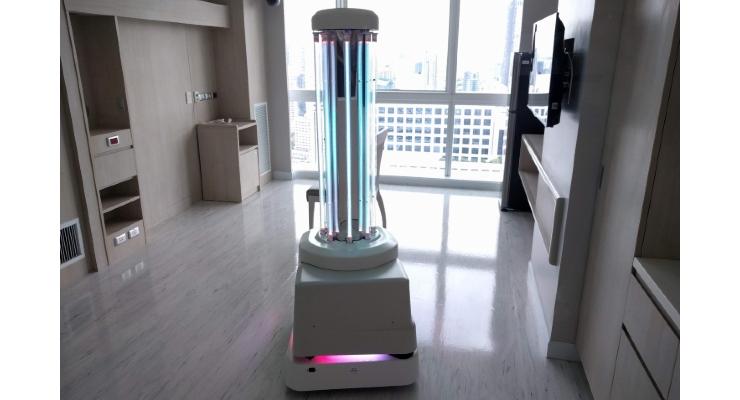 China Battling Coronavirus with UV Robots