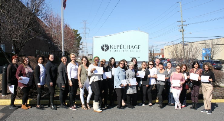 Repêchage Hosts Open House