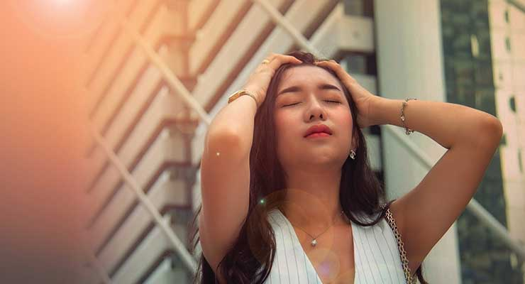 Sun, Metals & Pollution Are Damaging Your Hair
