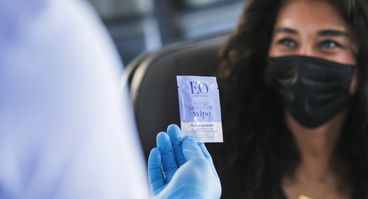 Alaska Airlines, EO Partner to Provide Wipes to Passengers