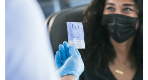 EO Partners with Alaska Airlines To Distribute Scented Sanitizing Wipes