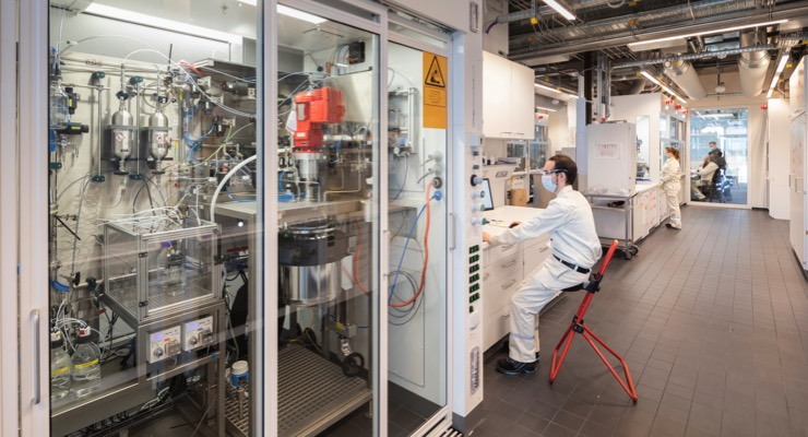Merck KGaA Opens Research Center for Electronic Applications