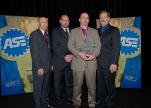 Robert Bender named PPG/ASE Master Refinish Technician of the Year