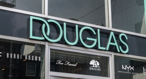 Douglas To Close 500 Doors
