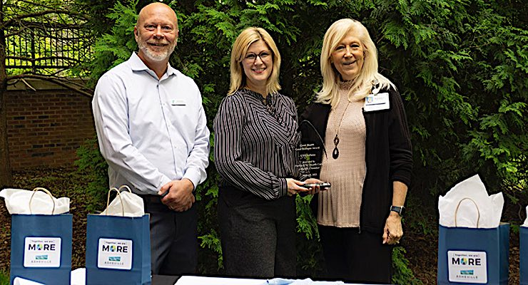 UPM Raflatac receives award from Asheville Area Chamber of Commerce