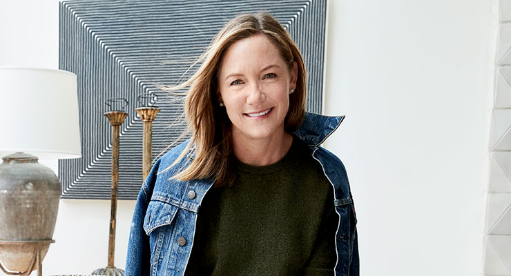Beautycounter Partners with The Carlyle Group, Aiming to Grow
