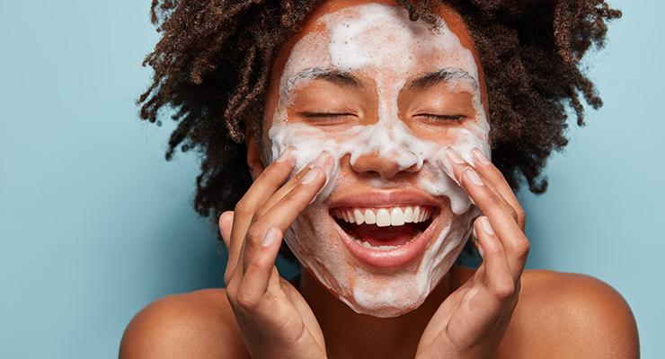 Bedewing Boost Foaming Face & Body Wash
