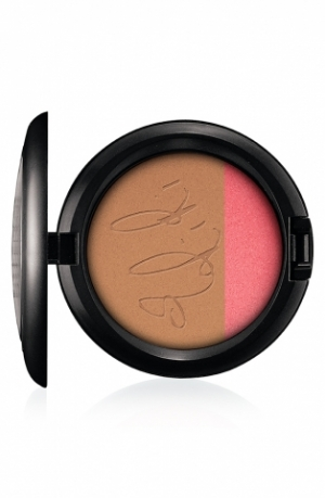 MAC Launches Rihanna Summer SKUs