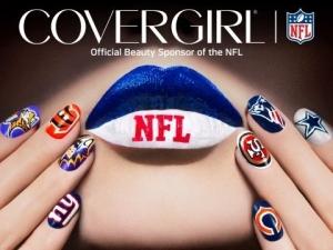 CoverGirl Shows Team Spirit