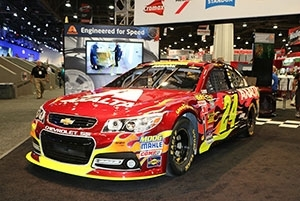 Axalta Announces Its Automotive Color of the Year-Radiant Red