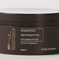 Dead Sea Silt Fuels Mud Masque