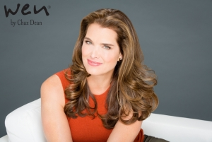Brooke Shields Signs with Wen