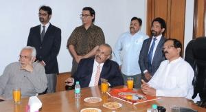 Indian Minister Of State Responsible For Promoting Ayurveda Visits Sabinsa / Sami Labs