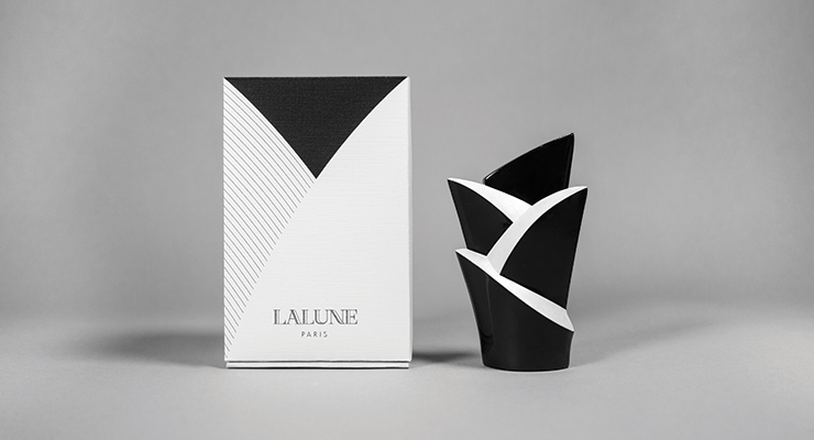 Lalune by In-young Bae
